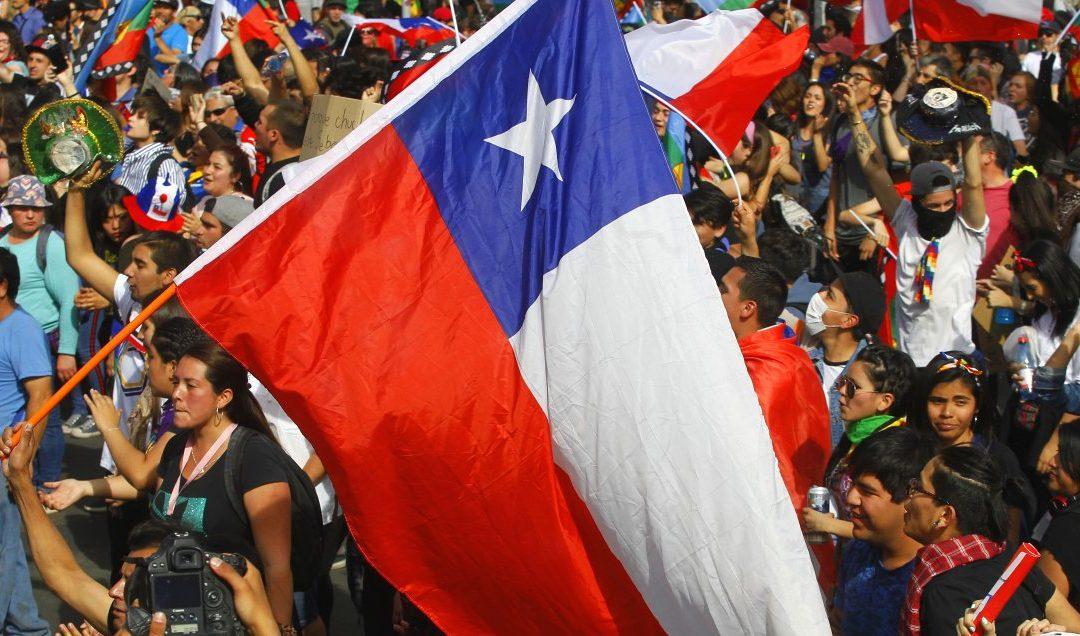 Histórico: Los chilenos definirán, en Plebiscito, si hay nueva Constitución y su mecanismo