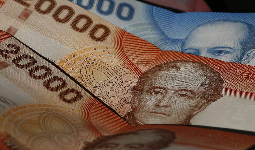Diputados ingresan proyecto para tercer retiro del 10% y proponen que Estado reponga los fondos
