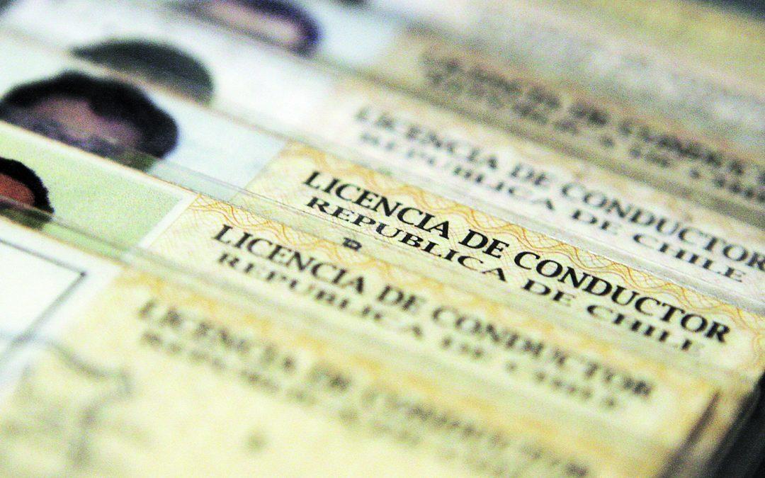 Senado aprobó ley para extender hasta 2022 renovación de la licencia de conducir