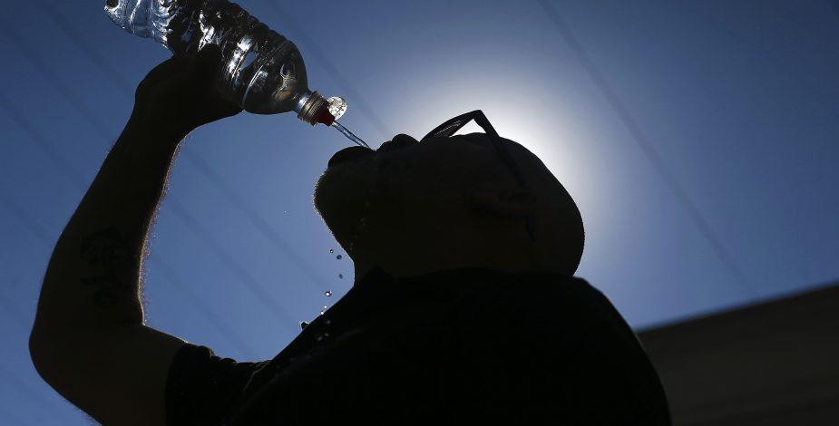 37°C en Los Ángeles y 35°C Valdivia: Meteorología emitió alerta por ola de calor en seis regiones