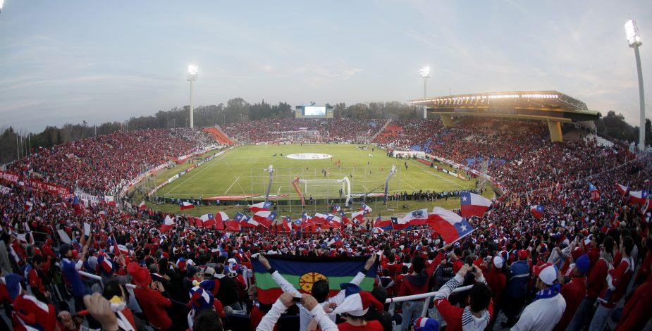 Público a los estadios: Ministerio de Salud aceptó petición de los clubes para reducir exigencias en el ingreso de los hinchas